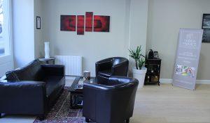 photo intérieure de l'agence Théria Finance place Pey Berland Bordeaux